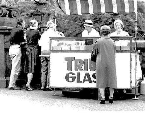 En glassvagn vid Kungsportsbron, Göteborg