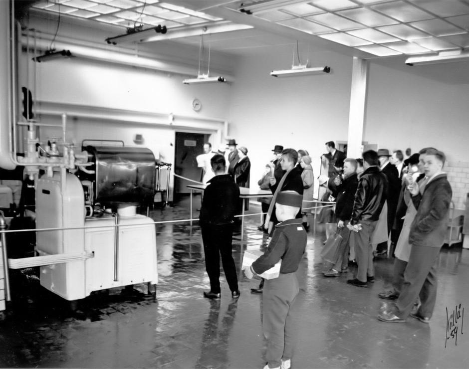 Invigning och rundvandring i glassfabriken